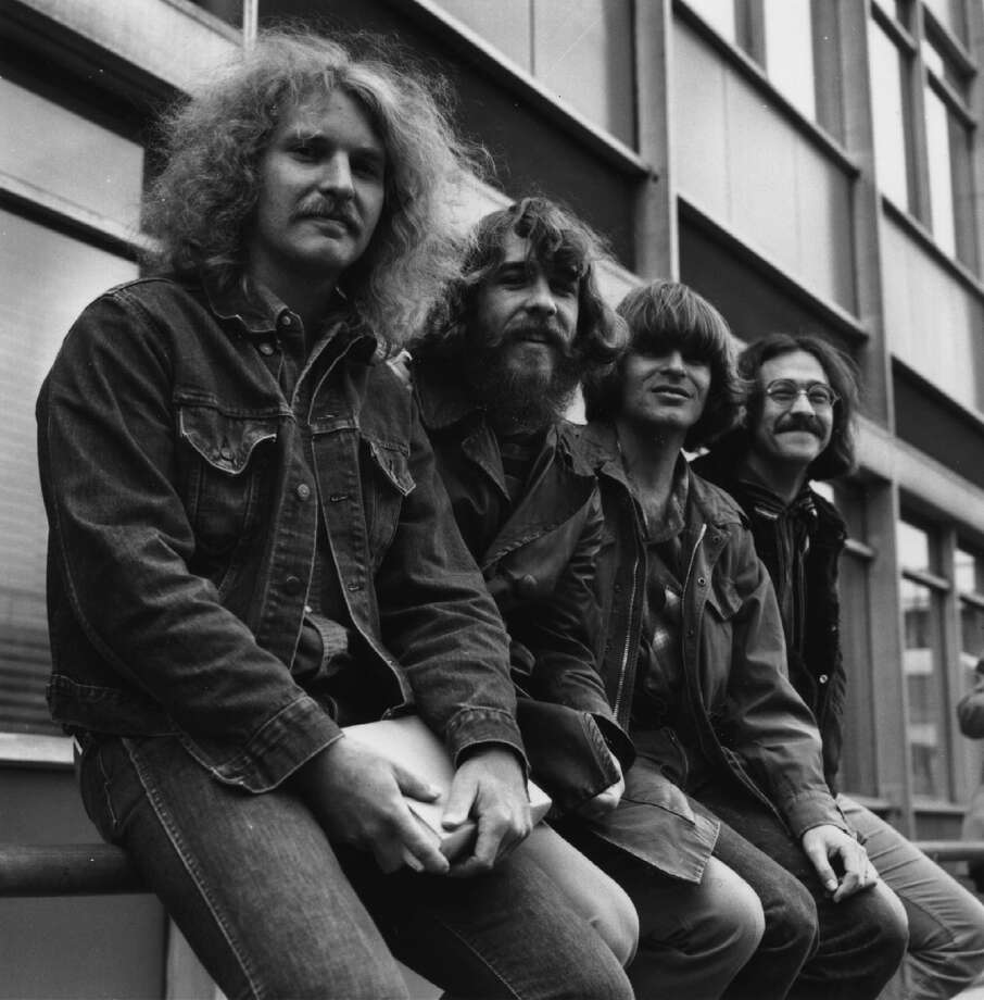 Creedence Clearwater Revival rhythm guitarist Tom Fogerty (front) Photo: Evening Standard, Getty / Hulton Archive