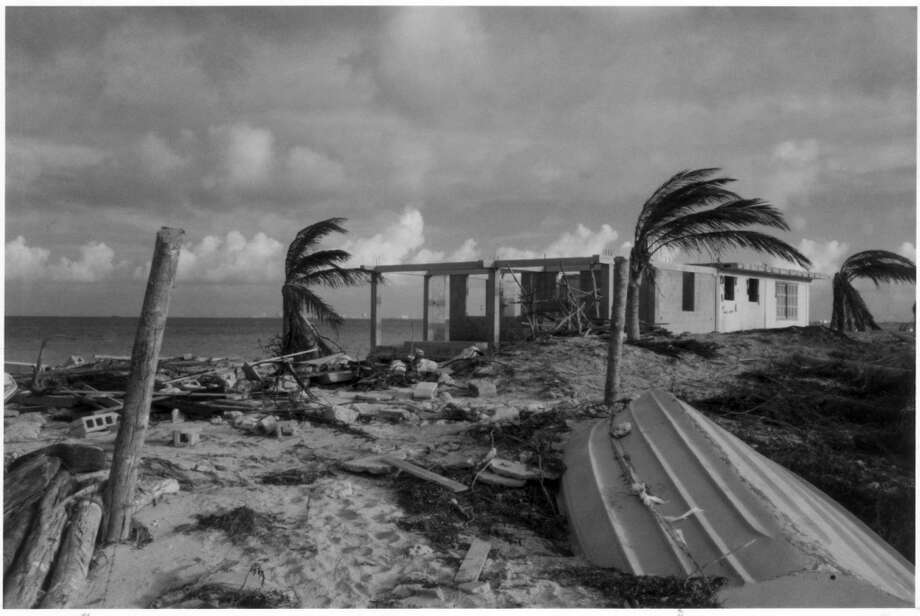 September 17, 1988 – Wind speeds up to 135 mph blow in with Hurricane Gilbert. As it makes landfall, the state is blanketed with as many as 29 related tornadoes. Central Texas, especially San Antonio, is hit with massive flooding. Photo: Getty Images