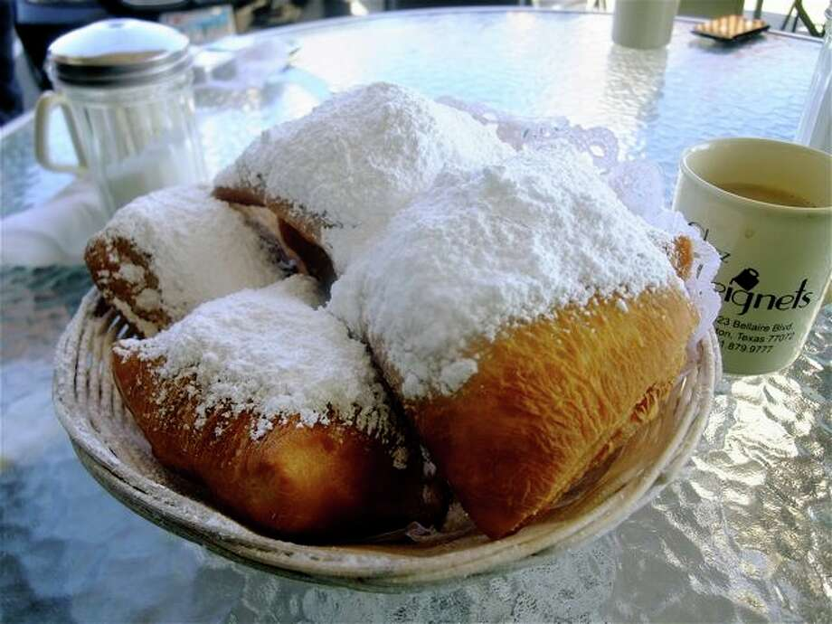 A double order of beignets at Chez Beignets. Photo: Alison Cook, Houston Chronicle / Houston Chronicle