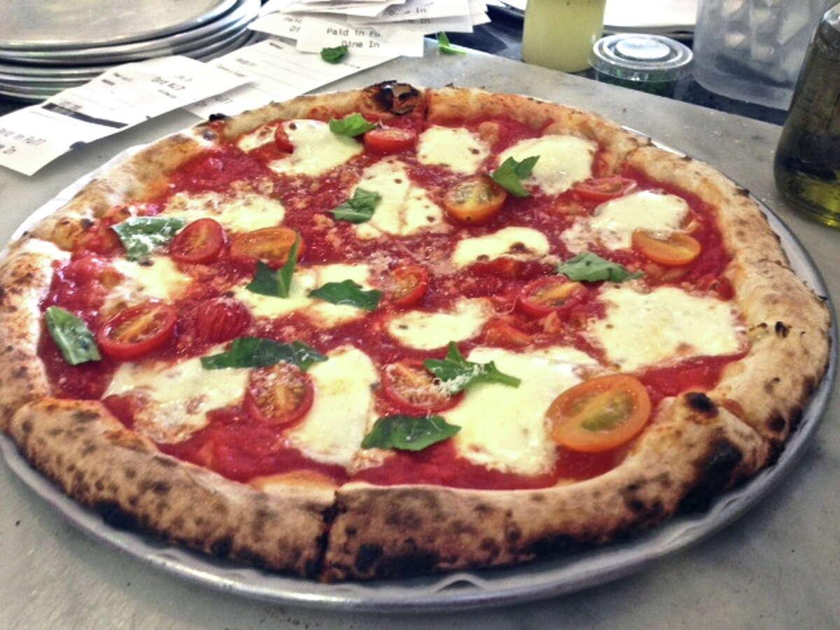 Neapolitan-style pie at Pizaro's.