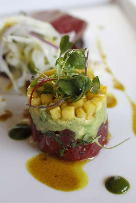The Pacific Yellow Fin Tuna-Two Ways (spicy poke and smoked sashimi) at Pappas Bros. Steakhouse. Photo: Karen Warren, Houston Chronicle