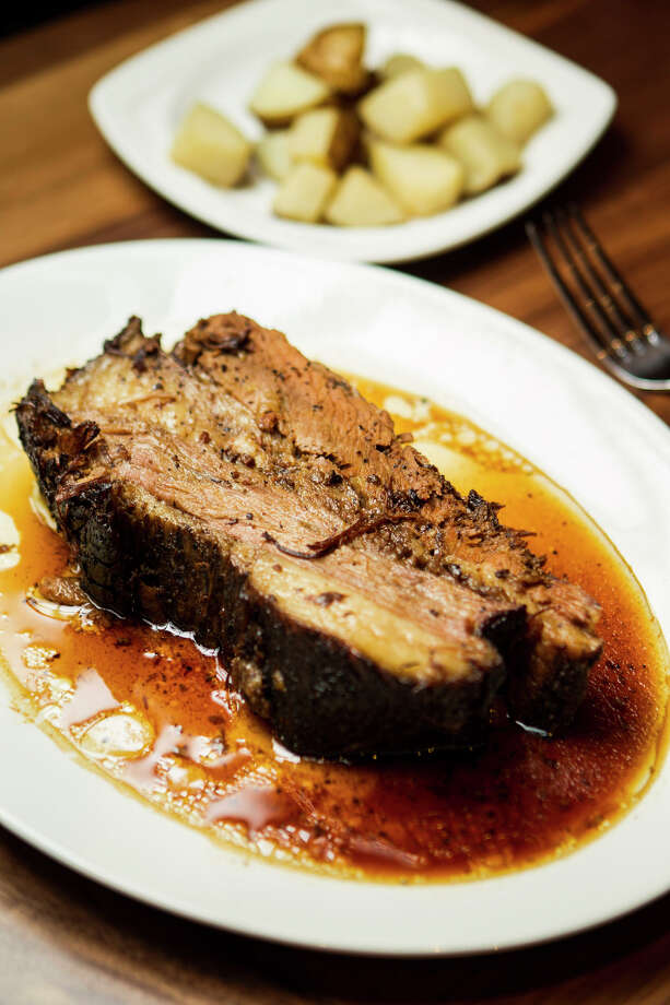 La Casa del Caballo's brisket. Photo: Nick De La Torre, Chronicle / © 2013 Houston Chronicle