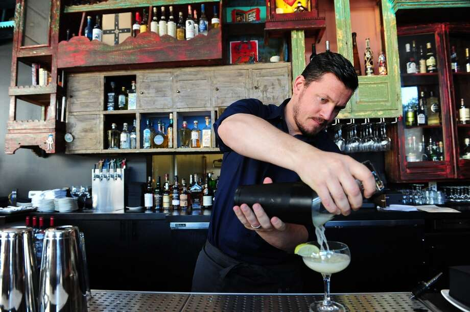 Balazs Varga makes a La Urbana Margarita at La Urbana. Photo: Susana Bates, Special To The Chronicle