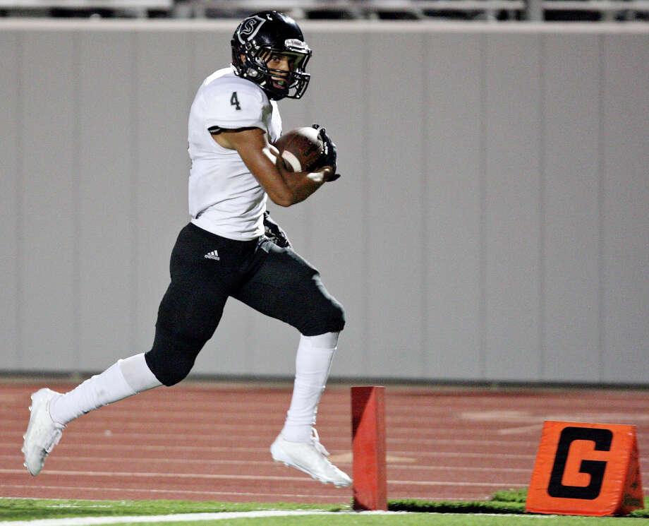 Steele's Justin Stockton scores a touchdown against Judson during second half action Friday Sept. 6, 2013 at D.W. Rutledge Stadium. Steele won 51-34. Photo: Edward A. Ornelas, San Antonio Express-News / © 2012 San Antonio Express-News