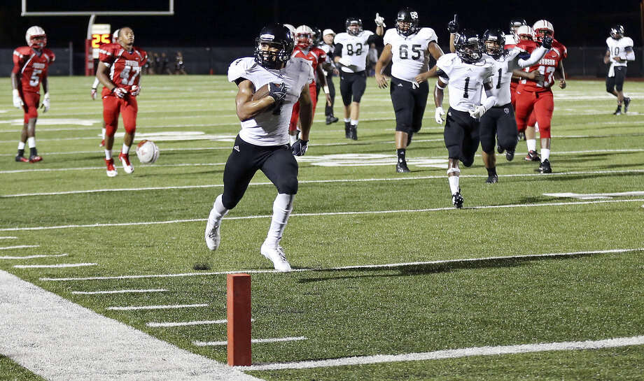 Steele's Justin Stockton sprints toward the end zone in the second half. He rushed for 213 yards and five TDs against Judson. Photo: Photos By Edward A. Ornelas / San Antonio Express-News