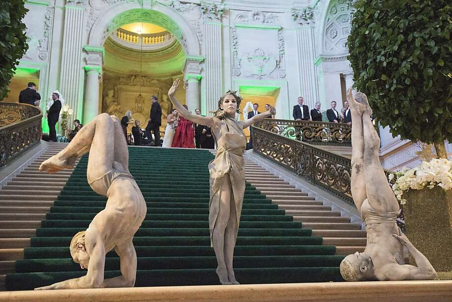 Performers perform on the steps of the City Hall rotunda during the 91st Season Opening Night Gala of the San Francisco Opera at City Hall in San Francisco, Calif. on Friday, Sept. 6, 2013. Photo: Stephen Lam, Special To The Chronicle