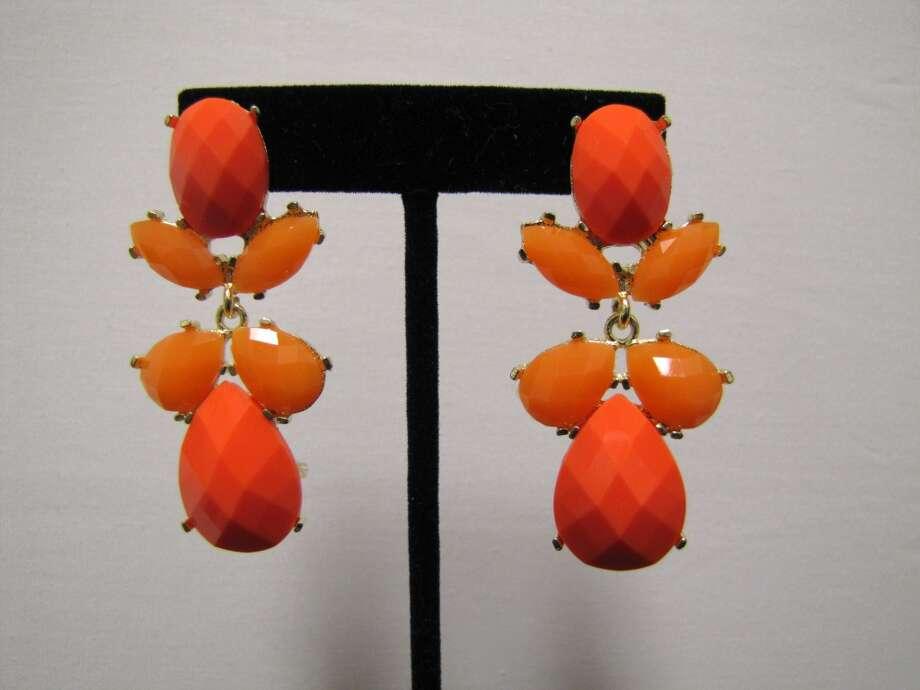 Dangle earrings, LUXE Boutique, Beaumont, $12.99 Photo: Cat5