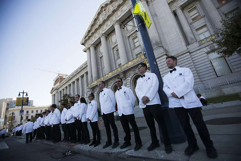 Valet drivers wait outside City Hall during the 91st Season Opening Night Gala of the San Francisco Opera in San Francisco, Calif. on Friday, Sept. 6, 2013. Photo: Stephen Lam, Special To The Chronicle