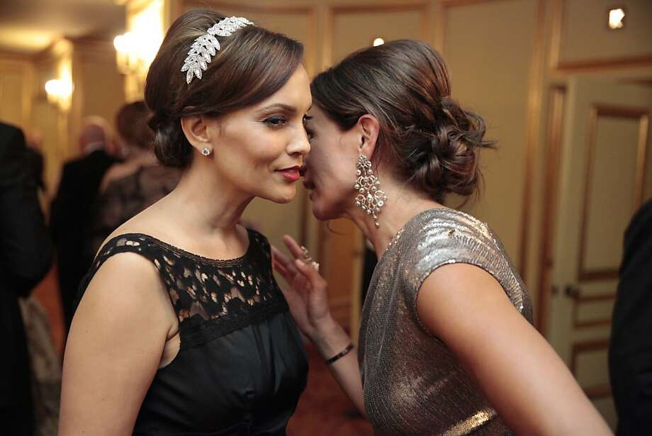 Claudia Ross (right) in Donna Karan whispers to Lora Du Bain (in a newly produced vintage pattern Nina Ricci dress) at the 91st San Francisco Season-Opening Opera Gala in San Francisco Calif. on Friday, Sept. 6, 2013. Photo: Alex Washburn, Special To The Chronicle