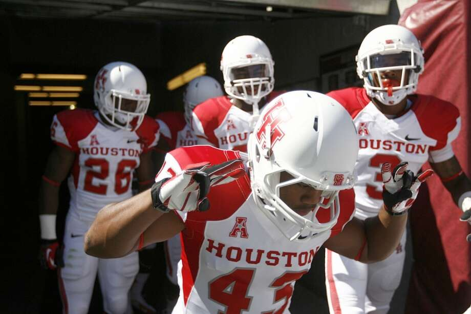 Much like its young football team, UH appears to be a brand on the rise. Photo: Johnny Hanson, Houston Chronicle
