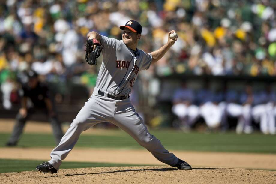 Erik Bedard of the Astros pitches against the Athletics. Photo: Jason O. Watson, Getty Images