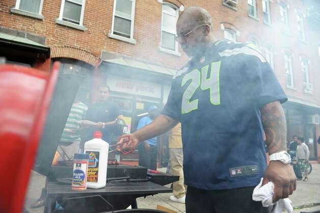 Barber Shop Albany Ny : Bricks Barber Shop, cooks up hamburgers and hotdogs outside the shop ...
