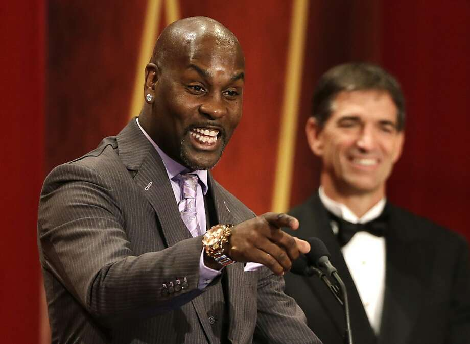 Gary Payton enjoys his induction into the Basketball Hall of Fame. Photo: Steven Senne, Associated Press