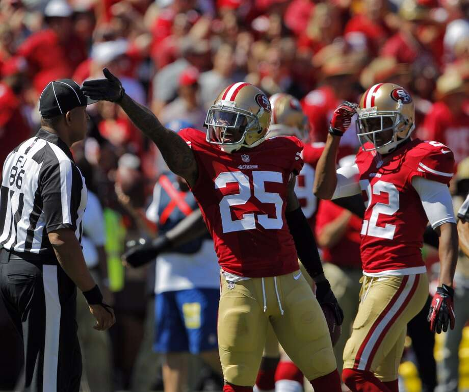 Tarell Brown celebrates his first quarter fumble recovery.  The San Francisco 49ers played the Green Bay Packers at Candelstick Park in San Francisco, Calif, on Sunday, September 8, 2013. Photo: Carlos Avila Gonzalez, The Chronicle