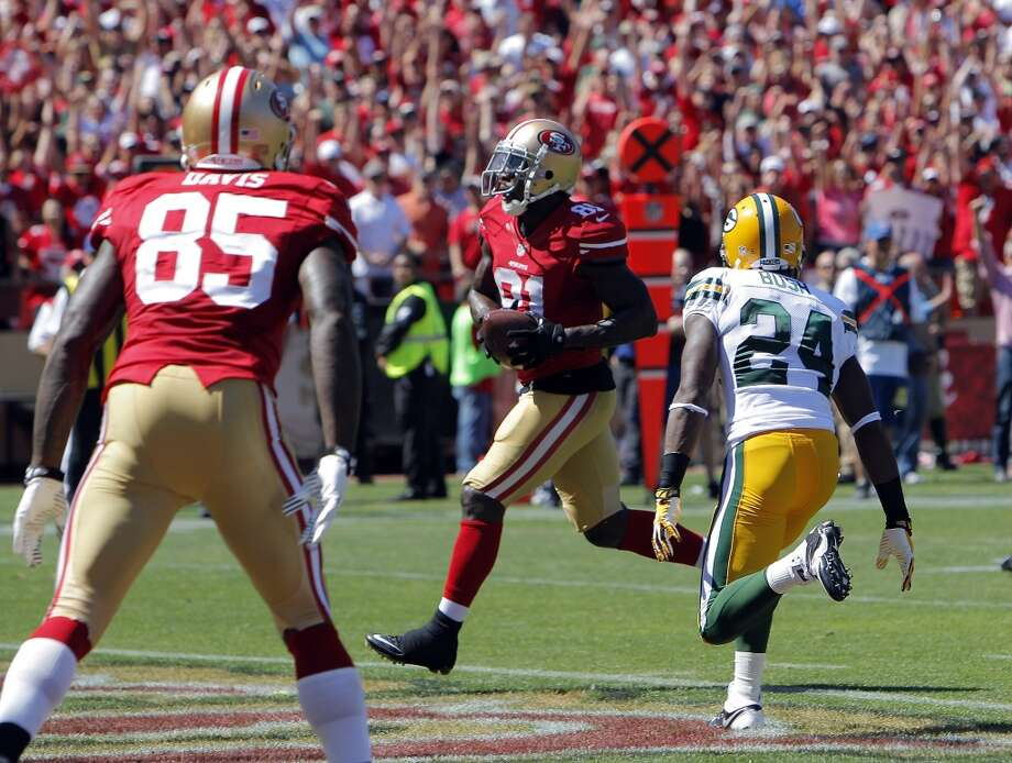 Anquan Boldin runs into the end zone for the 49ers' second touchdown in the first half. The San Francisco 49ers played the Green Bay Packers at Candelstick Park in San Francisco, Calif, on Sunday, September 8, 2013. Photo: Carlos Avila Gonzalez, The Chronicle