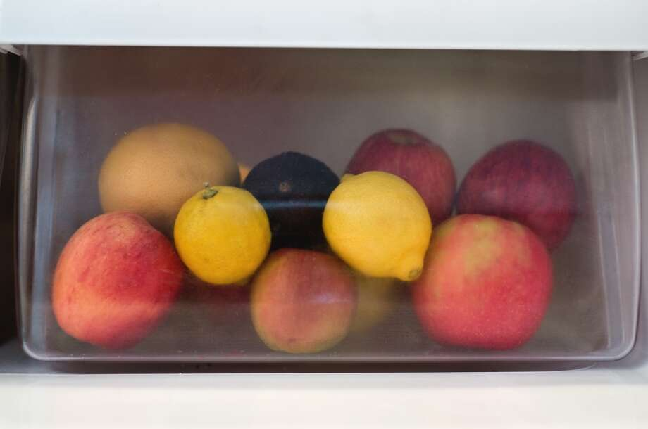 4. Refrigerator vegetable compartment Photo: Cara Slifka, Getty Images/Flickr Open