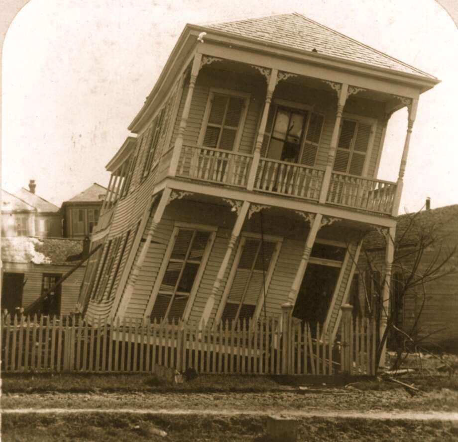 September 1900:The Hurricane of 1900 made landfall on the city of Galveston, Texas on Sept. 8, 1900. It had estimated winds of 135 mph (215 km/h) at landfall, making it a Category 4 storm. Photo: Buyenlarge, Getty Images