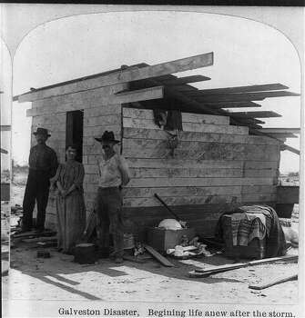 Galveston residents try to rebuild in the aftermath of the 1900 Galveston hurricane. Photo: U.S. Library Of Congress