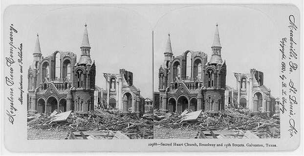 Sacred Heart in the aftermath of the 1900 Galveston hurricane. Photo: U.S. Library Of Congress