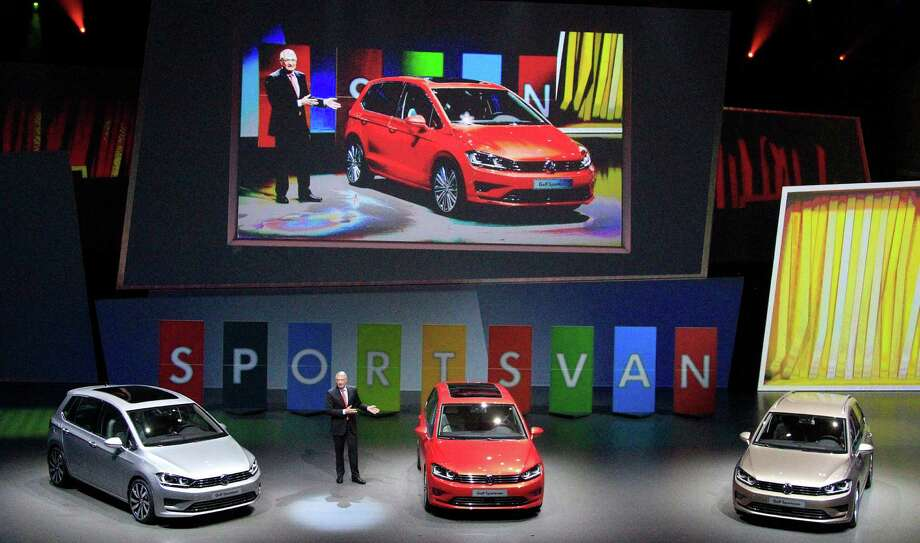 The new Golf Sportsvan cars are displayed during a preview by the Volkswagen Group prior to the 65th Frankfurt Auto Show in Frankfurt, Germany, Monday, Sept. 9, 2013. Photo: AP