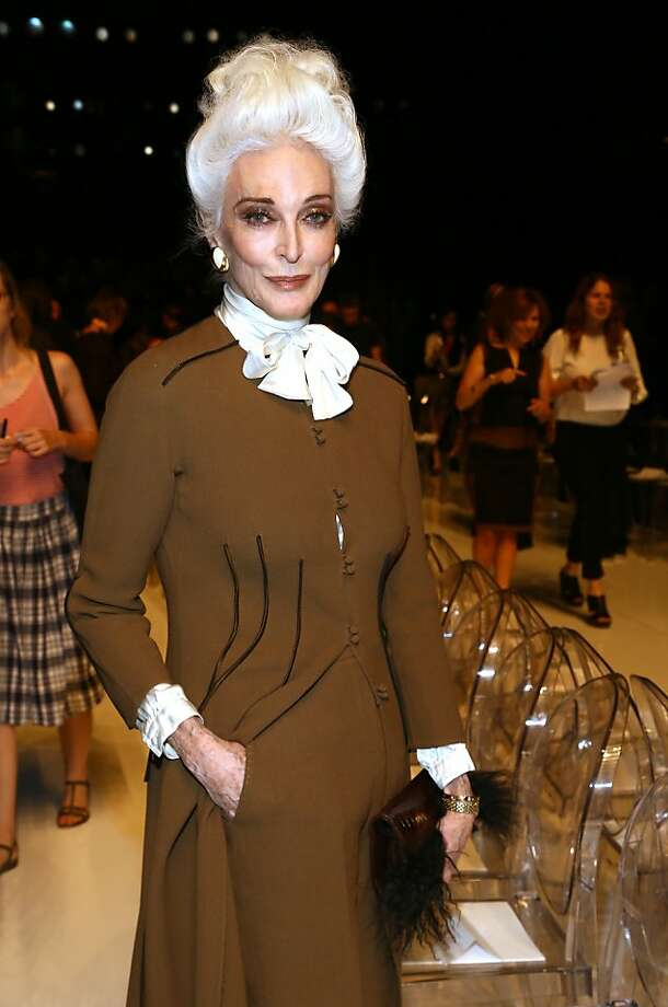 Carmen Dell'Orefice Photo: Astrid Stawiarz, (Credit Too Long, See Caption)