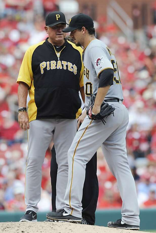 Pittsburgh's Charlie Morton is pulled by manager Clint Hurdle because of injury. Photo: Bill Boyce, Associated Press