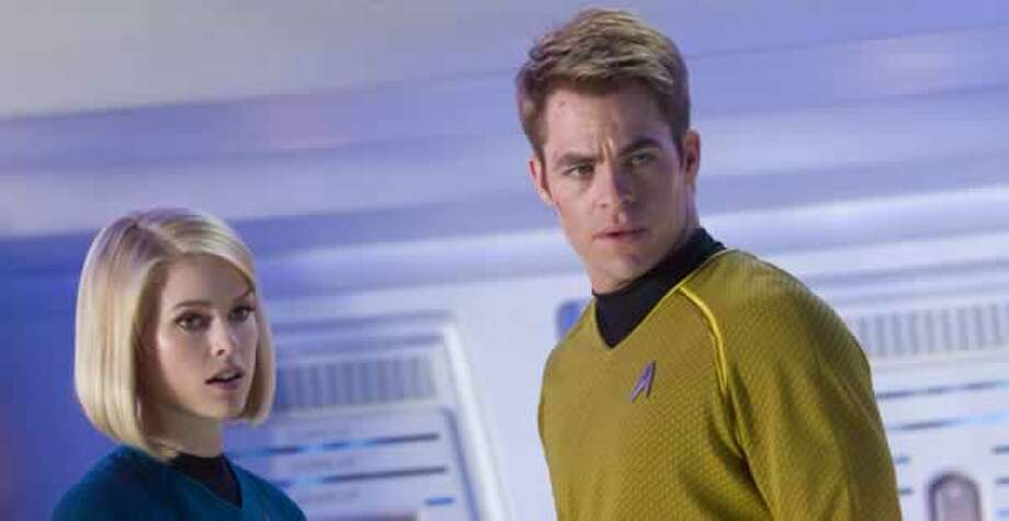 Dr. Carol Marcus (Alice Eve) and Kirk (Chris Pine). Photo: Paramount Pictures, 2013