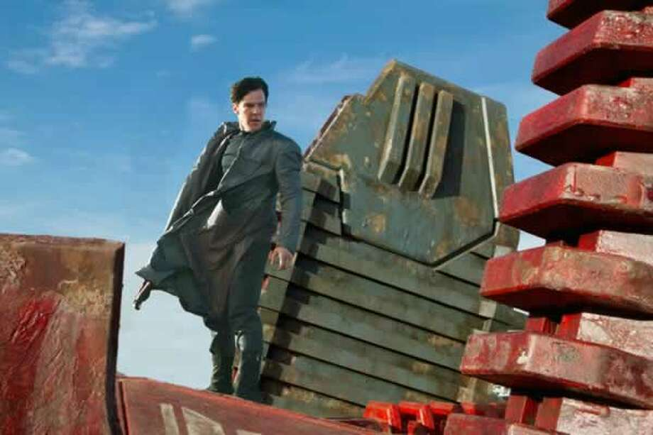 Khan (Benedict Cumberbatch). Photo: Paramount Pictures, 2013