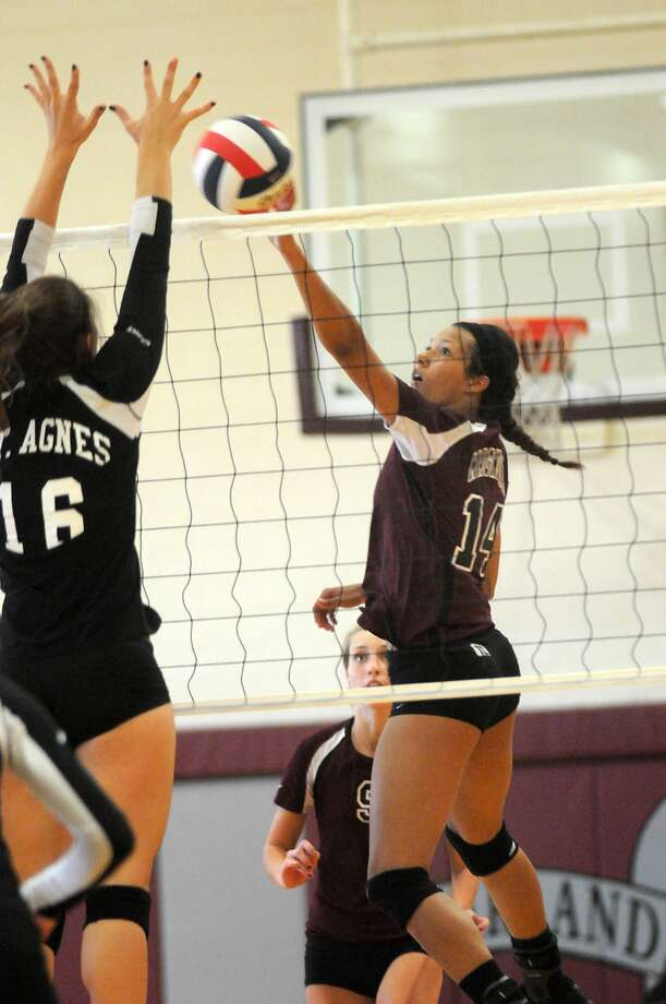 Magnolia senior outside hitter Kerstin Jenkins had 26 kills, 25 digs and four aces against Willis, and 23 kills against Caney Creek. Photo: Jerry Baker, Freelance