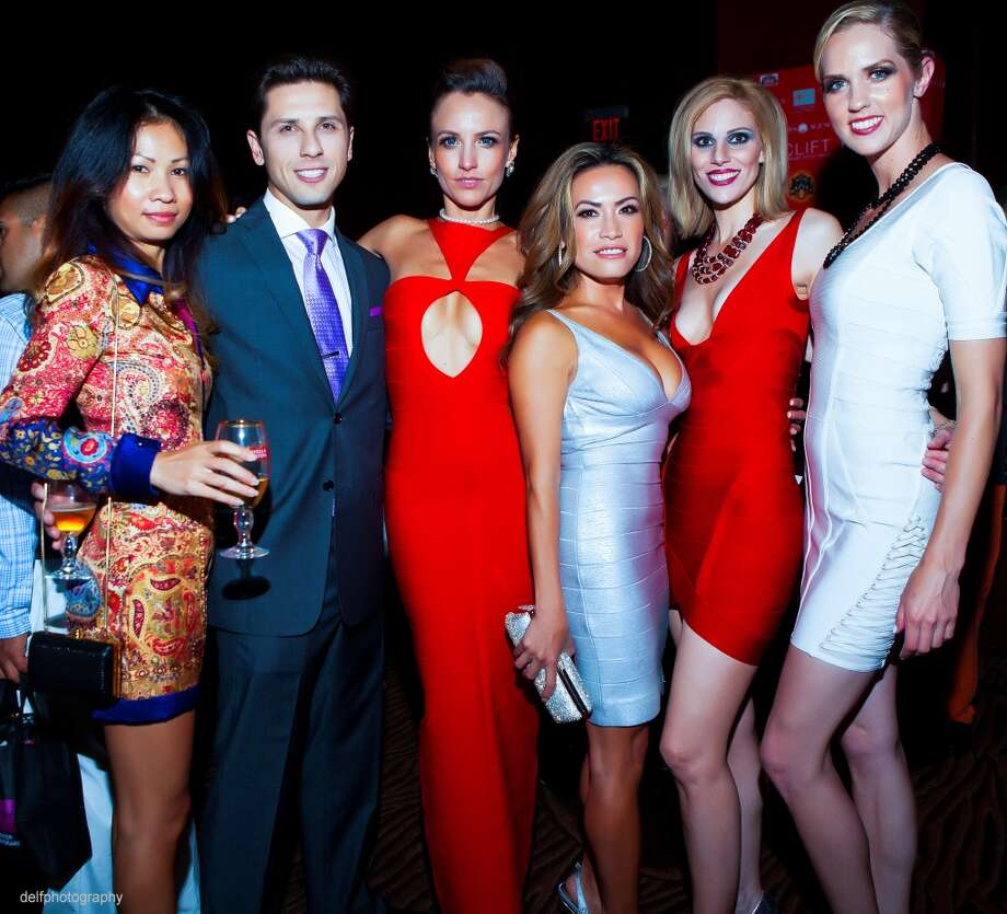 Party guest, Stefan Ski, Mimi Tran, Karina La Mar, Michelle Grey and Britney Reynolds at the Rojas Agency launch at the Clift Hotel. Photo: Delfphotography