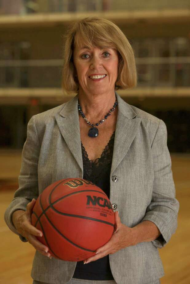 Susan Blackwood is stepping down as executive director of San Antonio Sports. Blackwood has been an important part of sports in San Antonio since 1996. Photo: File Photo, San Antonio Express-News / SAN ANTONIO EXPRESS-NEWS
