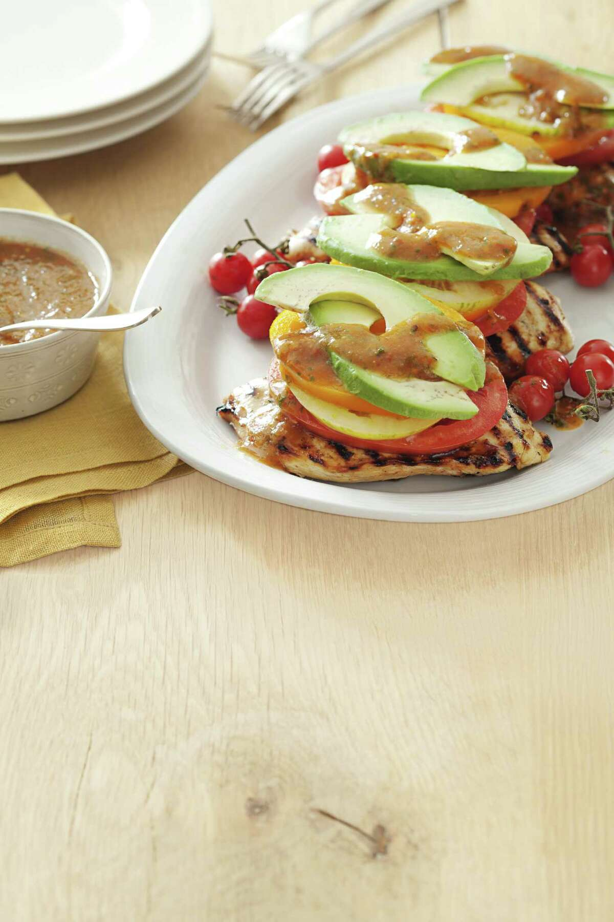 Sweet Chipotle Chicken Stacks These delicious stacks contain 280 calories, 11g fat, 78mg cholesterol, 335mg sodium, 16g carbohydrates, 6g fiber and 32g protein per serving. Find the recipe here.