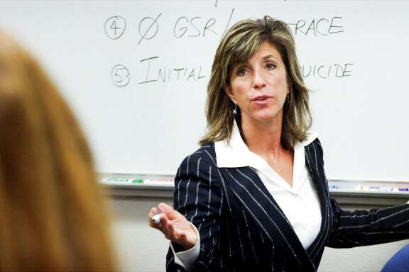 """Kelly Siegler stars in """"Cold Justice"""" on TNT"""