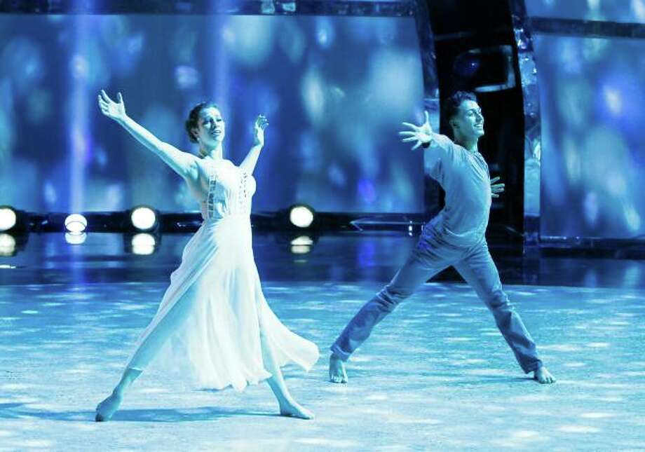 "SO YOU THINK YOU CAN DANCE: L-R: Top 20 contestants Makenzie Dustman and Paul Kamiryan perform a Contemporary routine to ""The Edge Of Glory"" choreographed by Mandy Moore in the season finale episode of SO YOU THINK YOU CAN DANCE airing Tuesday, September 10 (8:00-10:00 PM ET/PT) on FOX. ©2013 FOX Broadcasting Co. Cr: Adam Rose / 1"