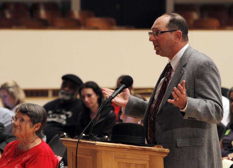 Richmond resident Josh Genser addresses the members and attendees during a city council meeting on Tuesday, September 10, 2013, in Richmond, Calif. Photo: Carlos Avila Gonzalez, The Chronicle