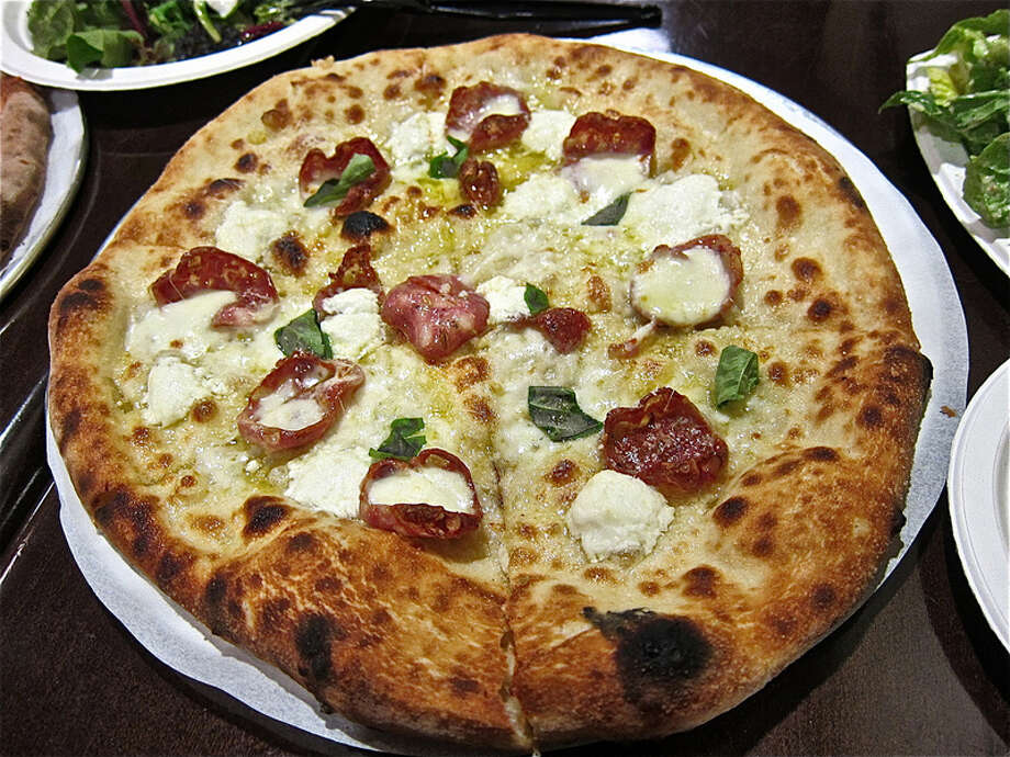 34. Pizaro'sCuisine: Italian