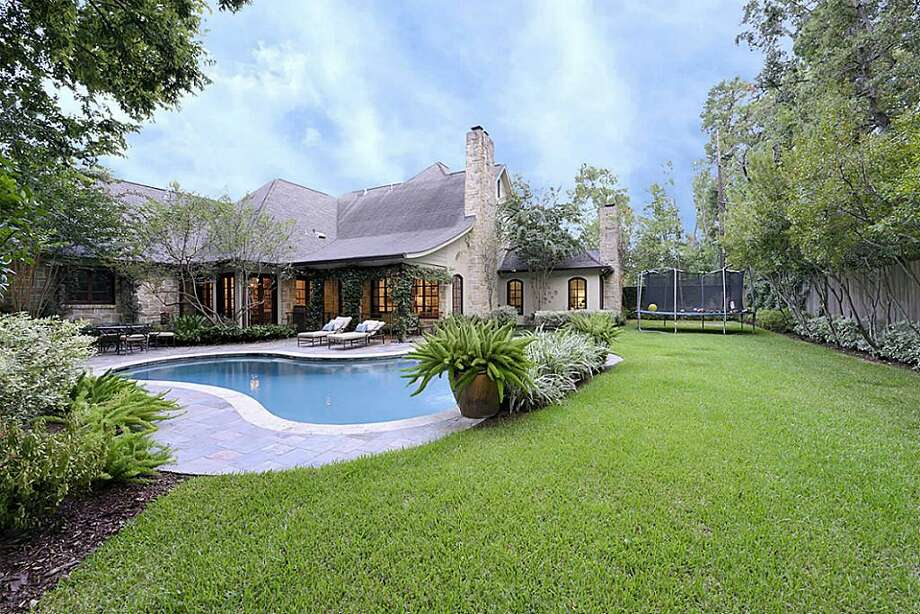 Listing agent: Sharon Ballas