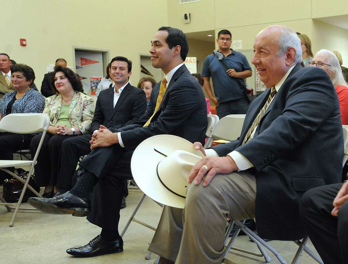 Dr. Juan Andrade, president of the United States Hispanic Leadership Institute, right, sits by Mayor Julian Castro during a press conference at Cafe College on Tuesday, Sept. 10, 2013, to announce the launch of the USHLI's Student Leadership Conference at Lanier High School on Wednesday. The goal of the Student Leadership Conference is to promote enthusiasm for learning, academic performance and college readiness, organizers said.