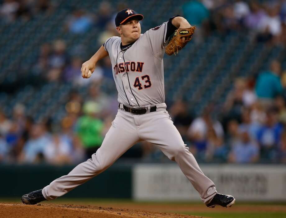 Starter Brad Peacock #43 of the Astros pitches against the Mariners. Photo: Otto Greule Jr, Getty Images