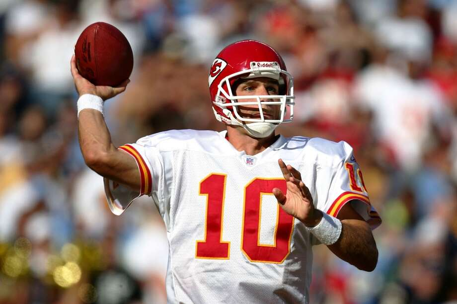 Trent Green enjoyed a long NFL career after being taken with the No. 222 pick in the 1993 draft. Photo: Donald Miralle, Getty Images