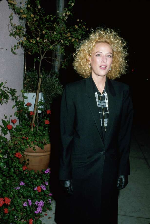 Virginia Madsen, Cassandra Stone (4 episodes, 1999) Photo: Kevin Winter, - / Time Life Pictures