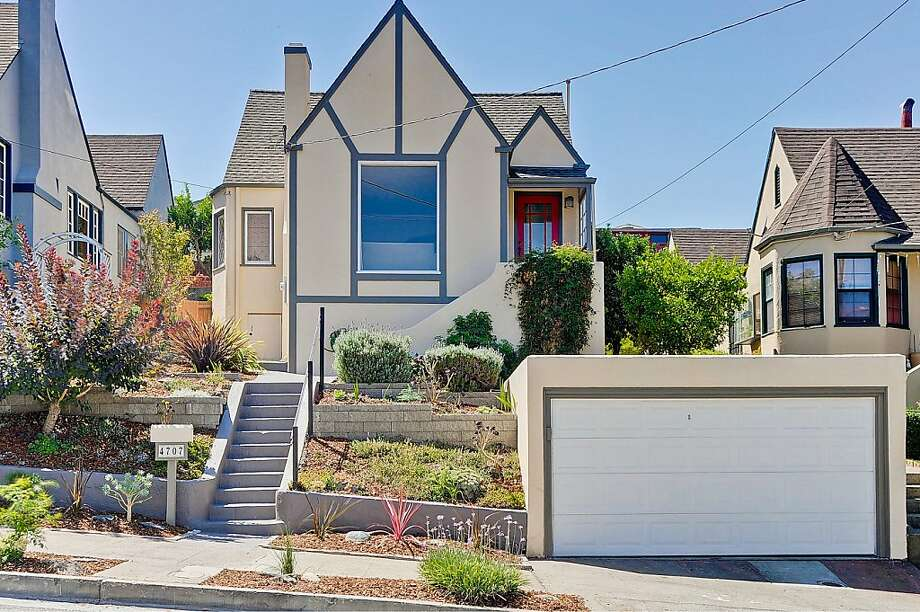 4707 Allendale Ave., $479,000 Photo: Victor Lin Photography
