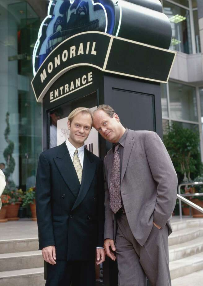David Hyde Pierce as Dr. Niles Crane, Kelsey Grammer as Dr. Frasier Crane. Photo: NBC, - / ? NBC Universal, Inc.