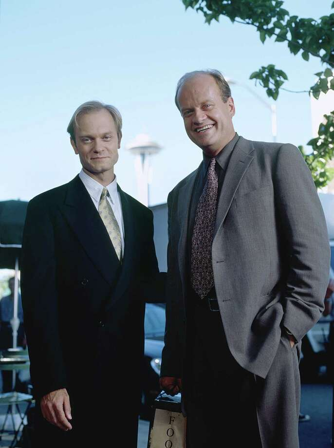 David Hyde Pierce as Dr. Niles Crane, Kelsey Grammer as Dr. Frasier Crane. Photo: NBC, - / © NBC Universal, Inc.