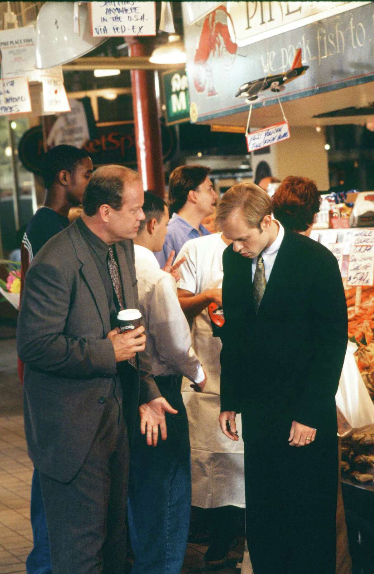 Kelsey Grammer as Doctor Frasier Crane, David Hyde Pierce as Doctor Niles Crane.