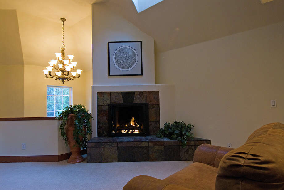Family room of 12815 Issaquah-Hobart Road S.E. It's listed for $679,000. Photo: Linda DeMarre