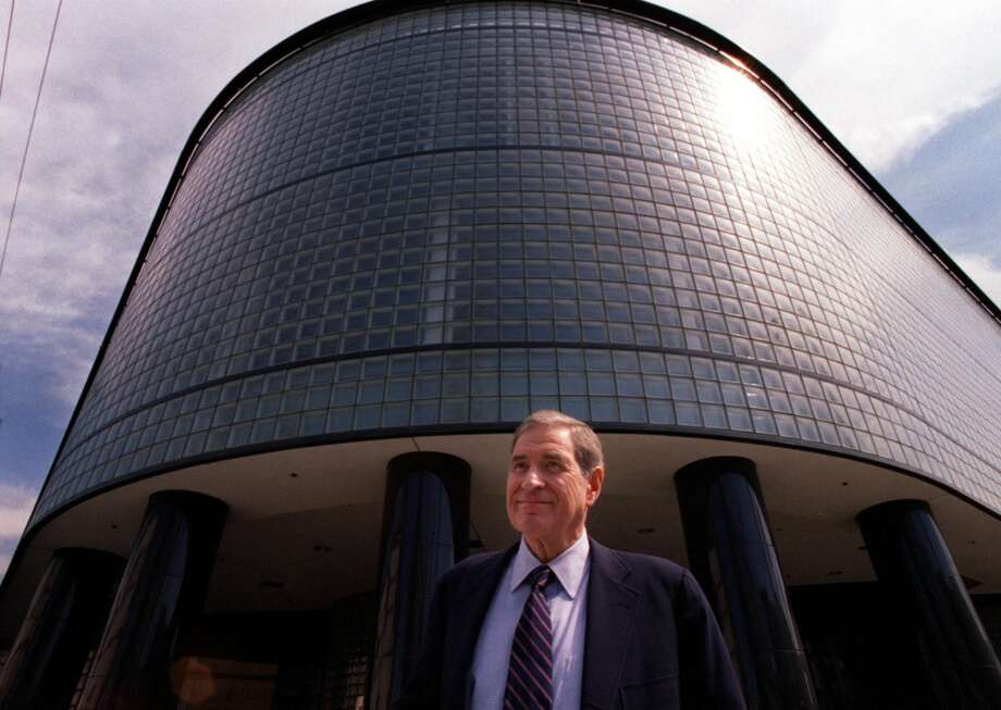 Dolby Labs founder Ray Dolby in front of the former SF Diamond Exchange building at 9th & Brannan Streets.  Expanding from its Potrero Avenue headquarters, Dolby Labs is the new occupant of the site.   999 Brannan Street Photo: JERRY TELFER, The Chronicle/1998