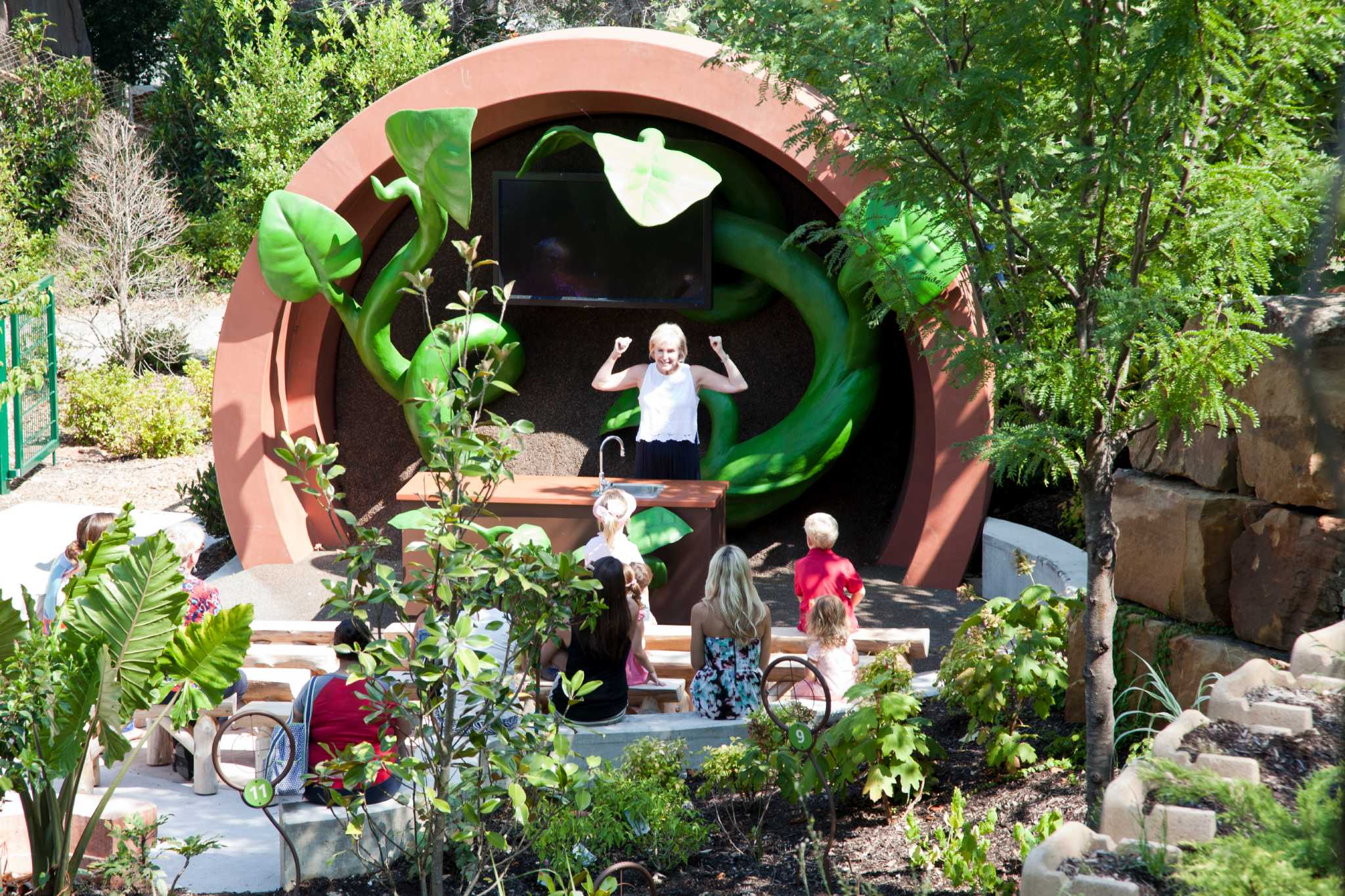 Children 39 S Garden Combines Fun With Learning Houston Chronicle