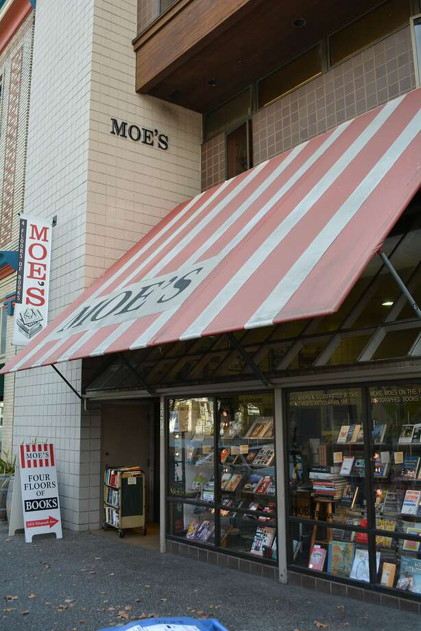 A Chicago man's van, packed with $350,000 worth of valuable books, was stolen from outside an Oakland home. It's believed the suspected thieves went to Moe's Books in Berkeley to try sell a few of the books. Photo: John McMurtrie, The Chronicle