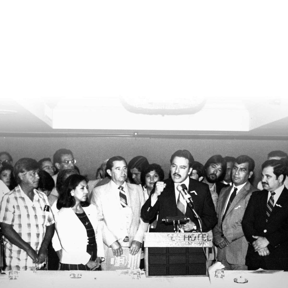Voters rights activist Willie Velasquez (at podium), who died 20 years ago this week, inspired the creation of the National Alliance of Craftsmen Associations. He'll be honored Monday night at the group's first gala.